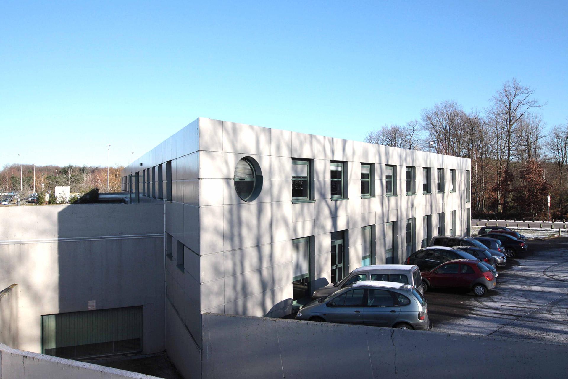 Le bâtiment de l'espace dédié Outremer