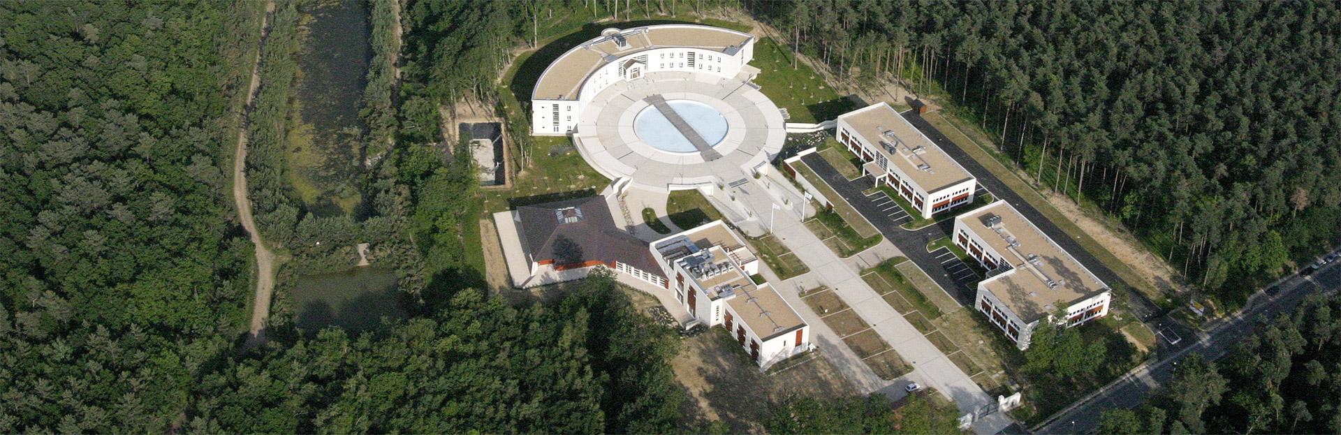 Capture aérienne des locaux du groupe Monceau